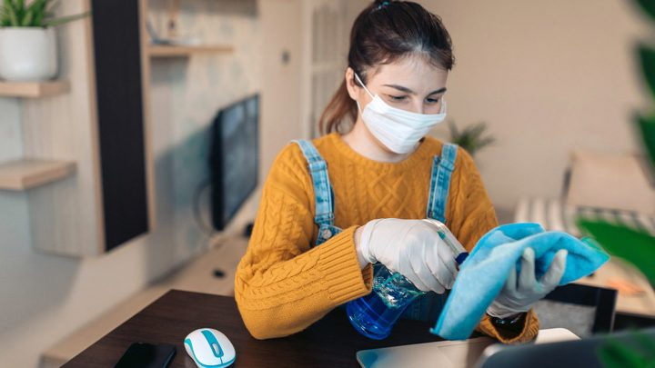 How to avoid harmful cleaning products for a safer living?